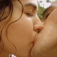 поцелуй взасос картинки